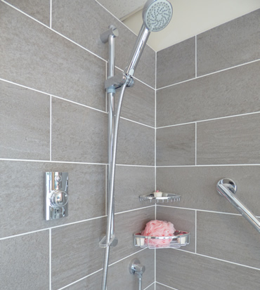 Verwood Kitchens and Bathrooms - Aqualisa digital shower