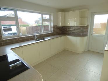 Verwood Home Improvements - Kitchen tiling